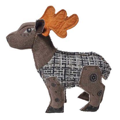 Hundespielzeug Rentier Jedes Körperteil ist aus verschiedenen braunen Stoffen genäht. Das Geweih ist orange.